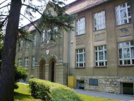 Gimnazjum w Toszku.jpeg